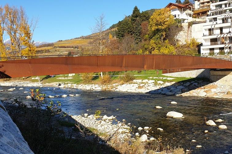 Fußgänger- und Radwegbrücke Zinggen – Brixen